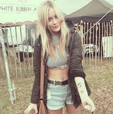 glastonbury fashion facelessfashionblogger laura whitmore