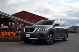 2017 Nissan Pathfinder Review - AutoGuide.com News