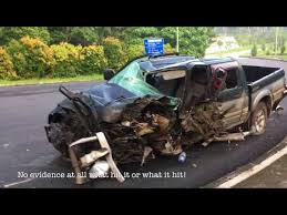 Mitsubishi Storm pickup truck accident - YouTube