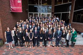 director s internship program the institute of politics at high profile organizations and elected officials around the world to provide substantive career oriented summer internships for undergraduate