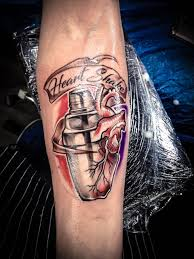бармен Forever гризли тату студия харьков Tattoo тату