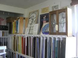 We started off by perusing the instructor's beautiful stained glass shop  and selecting a couple dozen sheets of glass to ...