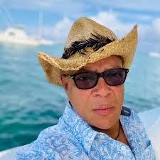 Manny Solano - YouTube