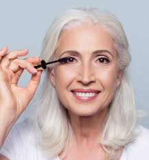 4 tiny makeup for older women tips that make a big difference