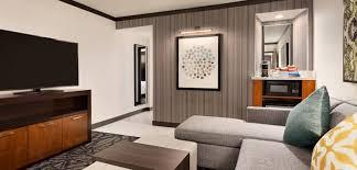 king premium suite living room