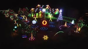 When Was The Great Christmas Light Fight Filmed Waterford Couples Holiday Light Show Competing On Abcs