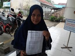 Terhitung sejak penandatangan kontrak kerja ini. Menikah Dan Hamil Mantan Kasir Indomaret Diminta Mengundurkan Diri Equator Co Id