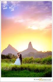 sunshine coast hinterland wedding photographerskirk treens bride and groom on the sunshine coast hinterland at sunset