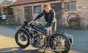 Richard Hammond Crashes Classic Bmw Motorbike In Hilarious Youtube Skit Dexerto