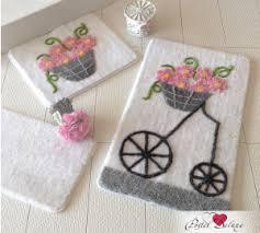Покупайте <b>коврики для ванной</b>. Стоимость <b>ковриков для ванной</b> ...