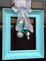 Front Door Decorating 10 Christmas Door Decorations Diy
