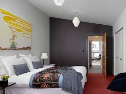 Modern Bedroom Ideas with Contrasting Wall Color Paint