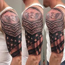 латы в виде флага тату на плече у парня добавлено иван вишневский