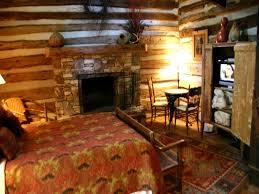 Rustic Cabin Bedroom Decorating Jones Cabin Home Interior Design And Decoration Wwwaofwecom