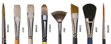 diffe types of makeup brushes that you can use are