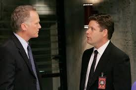 Lynn McGill takes over CTU from Bill Buchanan in 24 Season 5 ...