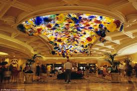 the bellagio which has a mesmerising ceiling covered with 2 000 hand blown glass blossoms