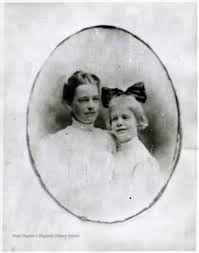 Ida Fleming Miller and Her Daughter, Helen Quarrier - West Virginia History  OnView | WVU Libraries