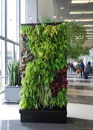 freestanding vertical garden what is