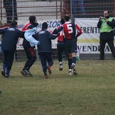 Coppa Italia 2008-09 - esultanza giocatori Pomezia dopo gol – LND Lazio