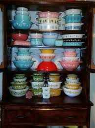 Pyrex Color Chart Vintage Pyrex 101 A Guide To Pyrex Estate Sale Blog