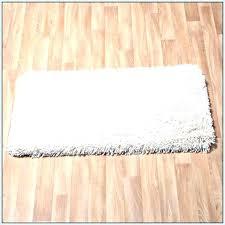 rubber backed area rugs rubber backed area rugs on hardwood floors latex backed area rugs latex
