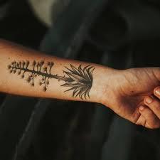 Unterarm Tattoo Zeigen Was Man Hat Brigittede