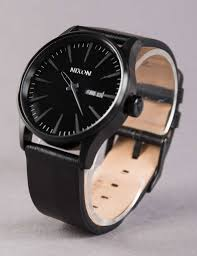 nixon sentry leather watch all black
