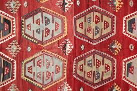 red kilim rug vegetable dyed red antique rugs hand woven rug carpet rug of faded red red kilim rug