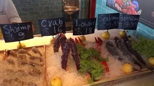 Carnival Vista Seafood Shack - YouTube