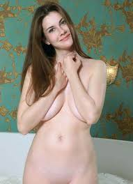 Marta E Beautiful Boobs Hot Brunette Naked Under Boob Flash