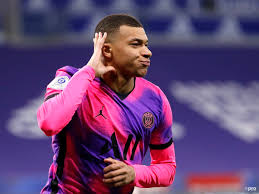 Aug 08, 2021 · this time around, almost every reputed spanish reporter/ journalist has hinted towards mbappe signing for real madrid. Three Reasons Why Kylian Mbappe Should Shun Real Madrid And Stay With Psg Footballtransfers Com