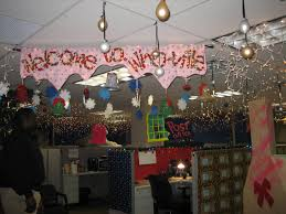 Christmas decorating ideas for office Christmas Tree Popular Office Cubicle Christmas Decorating Ideas The Romance Troupe Popular Office Cubicle Christmas Decorating Ideas The
