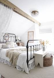 88 Cozy Farmhouse Bedroom Design Ideas