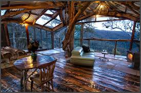 6 Amazing Treehouses You Can Rent In AustraliaTreehouse Accommodation