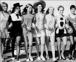 Мода и стиль в чем разница Матроны ru  придворная мода стала образцом для Европы Точного времени появления моды историками не установлено и разные страны продолжают спорить о том