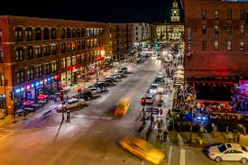 Light The Night Walk Des Moines New Years Eve In Des Moines New Years Eve Events