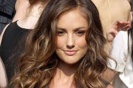 Wavy Hairstyles Best Cuts And Styles For Long Naturally Wavy Hair