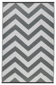 chevron rug knot ikea jute bathroom rugs grey area beige striped runner multicolor round che black and white rust red x decor astonishing for floor