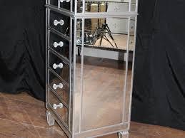 Mirrored Tallboy Bedroom Furniture Codeminimalistnet - Bedroom tallboy furniture
