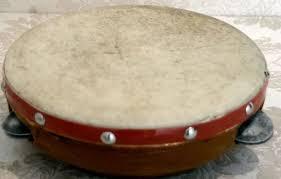 Angklung adalah alat musik yang berkembang dalam masyarakat sunda di jawa barat. 10 Alat Musik Khas Betawi Beserta Gambarnya Coldeja Blog Seputar Informasi Menarik Unik Dan Bermanfaat