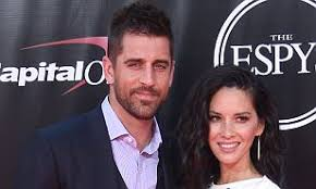 Aaron Rodgers 'not speaking to family' after Munn split | Daily Mail Online