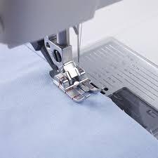 Pfaff - 1/4 inch Quilting Foot for IDT™ System & 1 ... Adamdwight.com