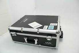 nyx professional makeup makeup artist lighted train case large black silver