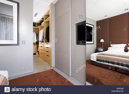 Moderne Ankleidezimmer Fotos Wohndesign