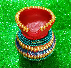 after finalizing all your matka diya will look like this please watch our tutorial for more detials