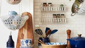 12 Clever <b>Spice Storage</b> Ideas For Small Spaces | HuffPost Life
