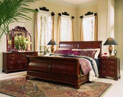 Sleigh Bed Bedroom Furniture Traditional And Elegant Mahogany Sleigh Bed All King Bed
