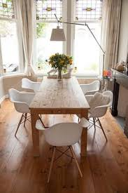 home decorating ideas modern this is how the table looks like together with eames chair with armrest home decorating ideas modern source so sieht