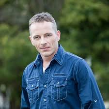 Dieter kirk brummer (born 5 may 1976 in sydney) is an australian actor of german descent, probably best known for his role as shane parrish, from 1992 until 1996 on the television soap opera home and away. Eqjxo4bbn3f7km